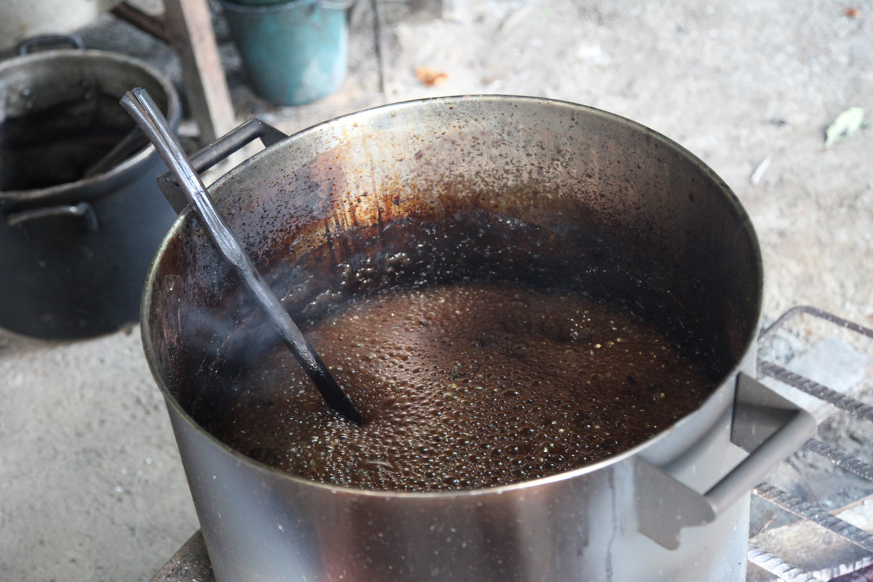 Boiling ayahuasca brew